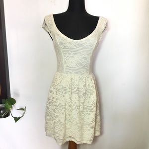 Hollister Lace Dress Size Small Beige